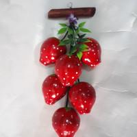 buah gantung bahan kayu