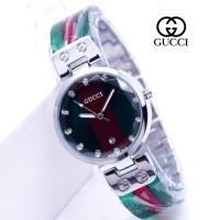 Gucci Crystal Mika Logo 02 Jam Tangan Pria