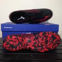 Sepatu Futsal Mizuno Basara IN Black High Red PGF