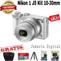 NIKON 1 J5 KIT 10-30MM CAMERA MIRRORLESS WHITE PAKET HEMAT