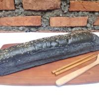 roti long john hitam 40cm (250gr) isi 4pc