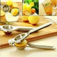 BARU Alat Perasan Lemon Stainless Portable Lemon Pemeras Jeruk Nipis