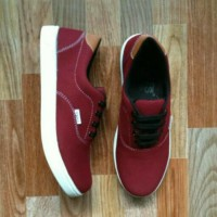 Sepatu sport new vans clasic limited edition Red V6
