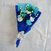 Buket bunga mawar flanel untuk hadiah wisuda, ultah, anniv, valentine