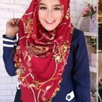 hijab leona