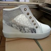 Sepatu Wanita Cewek Boots Jala Samping Ringan Adidas Nike Sneakers New