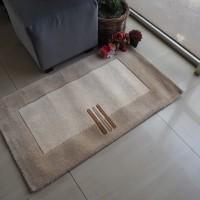 Karpet handtuft 450 tahan api 60x100 cm
