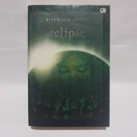 Novel Fantasi Twilight Saga 3 : Eclipse by Stephenie Meyer