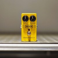 Efek Gitar MXR M104 Distortion + ( MXR M104 ) Efek Pedal