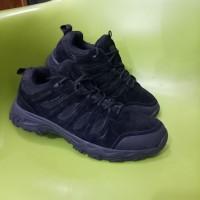 Sepatu karrimor mount low waterproof