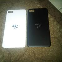 Back cover (casing belakang) Blackberry Z10