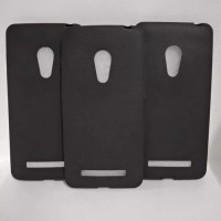 Asus Zenfone 5 A500 Lama Silikon Hitam Matte Softcase Case Casing Slim