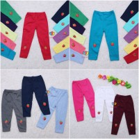 Legging Strawberry uk 3 Tahun / Celana Panjang Anak Leging Anak