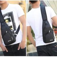 Tas Selempang Anti Air USB Sling Bag Cross Body Import | CS-TK17