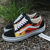Sepatu VANS Oldskool Flame
