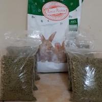 makanan kelinci vitamaxx / pelet kelinci / Rabbit food / pakan kelinci