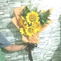 hand bouquet | bunga matahari asli | sun flower | bucket wisuda