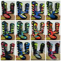 Sepatu cross motif printing F0