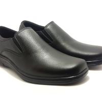Sepatu Pria Kulit Asli Model Simple Cocok Untuk Kerja Dan Santai - Hitam, 38