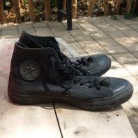 Sepatu converse original bekas kondisi 98%