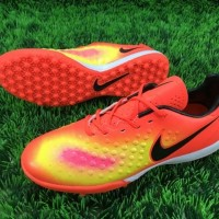 Sepatu futsal / putsal / footsal Nike Magista Onda II TF - Total Crims