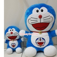 Boneka Doraemon brother (paket 2 in 1) size jumbo dan L