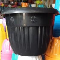 pot bunga plastik hitam GRACE 40cm