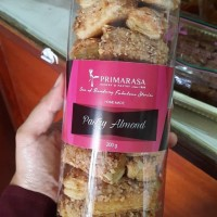 pastry almond tabung