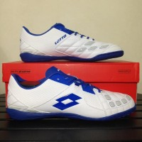Sepatu Futsal Lotto Squadra White Dawn Blue L01040012 Original