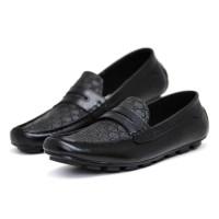 Sepatu Pria - Puma Adidas