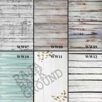 ALAS FOTO WHITE WOOD II | 50cm x 100cm | Lebih Besar dari A2 & A1
