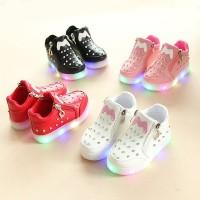 Bayi Anak Perempuan LED Luminous Berlian Imitasi Lembut Sole Sepatu