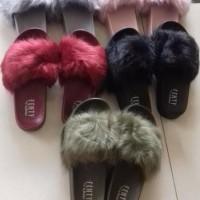 Cantik Bgt Sandal Slop Bulu Fenty