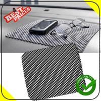 Taplak Karpet Dashboard Mobil Anti Slip Dash Mat Cover 20 x 21 cm
