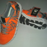 Sepatu Running KELME - SPARTA Orange