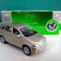 Diecast Toyota kijang Innova mainan miniatur mobil murah
