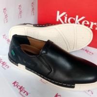 Sepatu Pria Casual Kickers Slip On BR 200 Hitam