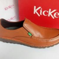 Sepatu Casual Pria Slip On Kickers 212 Tan