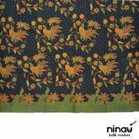 Kain Batik Tulis Madura Warna Dasar Hitam - F-100111