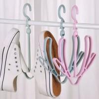 gantungan tempat sepatu /sandal / tas / jemuran sepatu multifungsi