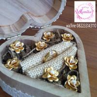 kotak tempat cincin rustic ring box unik bunga gold silver emas perak