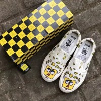 Sepatu Vans OG Classic Slip On Spongebob yellow off white Original