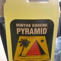 Minyak goreng pyramid kelapa