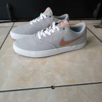 Sepatu nike sb check original made in Indonesia