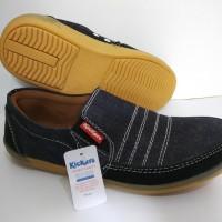 Sepatu Pria kickers flat shoes slip on slop pantovel fantovel vantovel