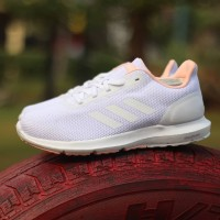 Sepatu Running Sepatu Olahraga Adidas Cosmic II White Peach (BNWB)