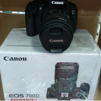 CANON EOS 700D 18-55M IS STM