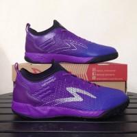 Sepatu Futsal Specs Metasala Musketeer Purple ORI.