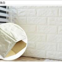 foam brick white 70 cm x 77 cm ~ Wallpaper sticker dinding