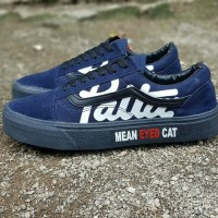 Sepatu sneakers casual vans old skool patta mean eyed cat navy hitam